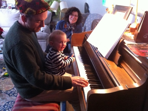 Uncle Shannon has some great piano skills...